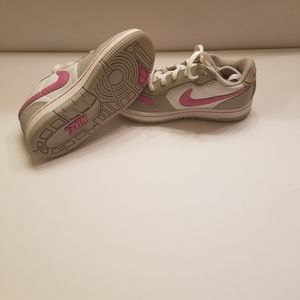 Nike sneakers for Toddler